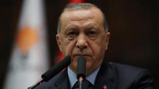 Ερντογάν: Αδελφέ Μαδούρο κράτα ψηλά το κεφάλι