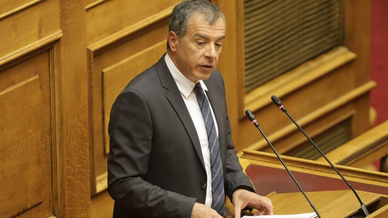 Συμφωνία των Πρεσπών: Αν καταψηφίσουμε θα απομονωθούμε διεθνώς, υποστηρίζει ο Θεοδωράκης