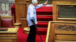 Συμφωνία των Πρεσπών: Το αστείο του «σακατεμένου» Ζουράρι στη Βουλή
