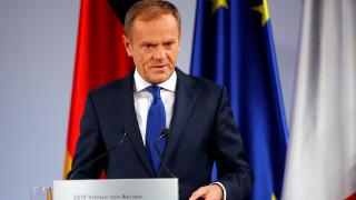 Συμφωνία των Πρεσπών: Συγχαρητήρια Τουσκ για την υπερψήφιση