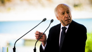 Συμφωνία Πρεσπών: «Θέλω να συγχαρώ την ελληνική βουλη για αυτό το οραματιστικό βήμα» λέει ο Νίμιτς