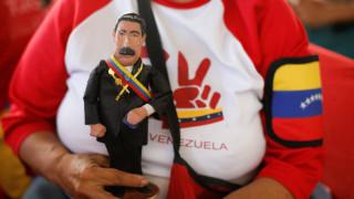 Βενεζουέλα: Στο πλευρό του Χουάν Γκουαϊδό ο ακόλουθος άμυνας της χώρας στις ΗΠΑ