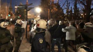 Θεσσαλονίκη: Συγκρούσεις και χημικά σε συγκέντρωση κατά της Συμφωνίας των Πρεσπών