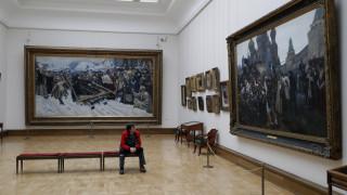 Μόσχα: «Βούτηξε» πανάκριβο πίνακα ζωγράφου ελληνικής καταγωγής κι έφυγε... ανενόχλητος