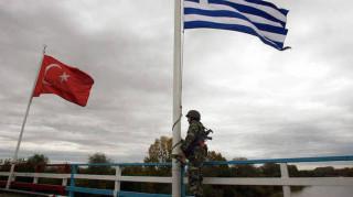 Κορυφαίος Τούρκος δημοσιογράφος πέρασε στην Ελλάδα για να γλιτώσει από τον Ερντογάν
