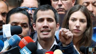 Βενεζουέλα: «Ο στρατός θα ανατρέψει τον Μαδούρο» διαμηνύει ο Γκουαϊδό