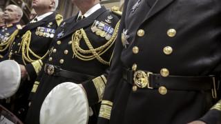 Έκτακτες κρίσεις στις Ένοπλες Δυνάμεις: Αποστρατεύεται ο Αρχηγός Στόλου