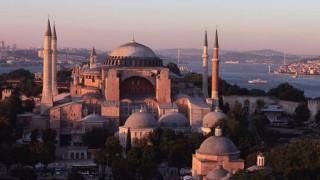 Ετοιμάζεται συγκέντρωση φανατικών μουσουλμάνων έξω από την Αγία Σοφία