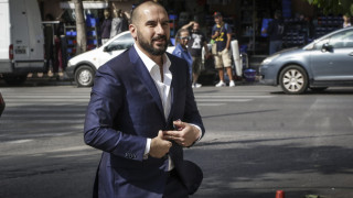 Ακύρωση του μέτρου της μείωσης αφορολόγητου προαναγγέλλει ο Τζανακόπουλος