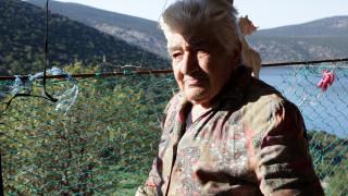 Μια γιαγιά φυλάττει Θερμοπύλες στη βραχονησίδα Δοκός
