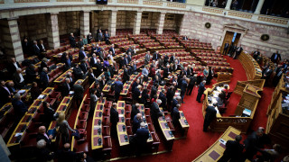 Δεν «περνά» το νομοσχέδιο για το ΑΣΕΠ - Ονομαστική ψηφοφορία αναγκάζεται να ζητήσει ο ΣΥΡΙΖΑ