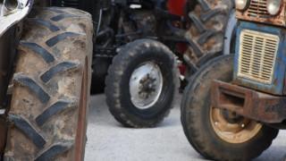 Κλιμακώνουν τις κινητοποιήσεις τους οι αγρότες: Ετοιμάζουν μπλόκα σε όλη την Ελλάδα