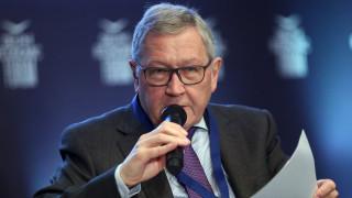 Ρέγκλινγκ: Να συνεχίσει τις μεταρρυθμίσεις η Ελλάδα