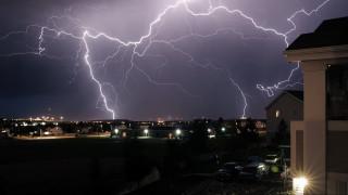 Καιρός - Η ΕΜΥ προειδοποιεί: Σε αυτές τις περιοχές θα «χτυπήσουν» ισχυρά φαινόμενα τις επόμενες ώρες