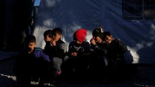 Η Ολλανδία καλεί την Ελλάδα να βελτιώσει τις συνθήκες για τους πρόσφυγες