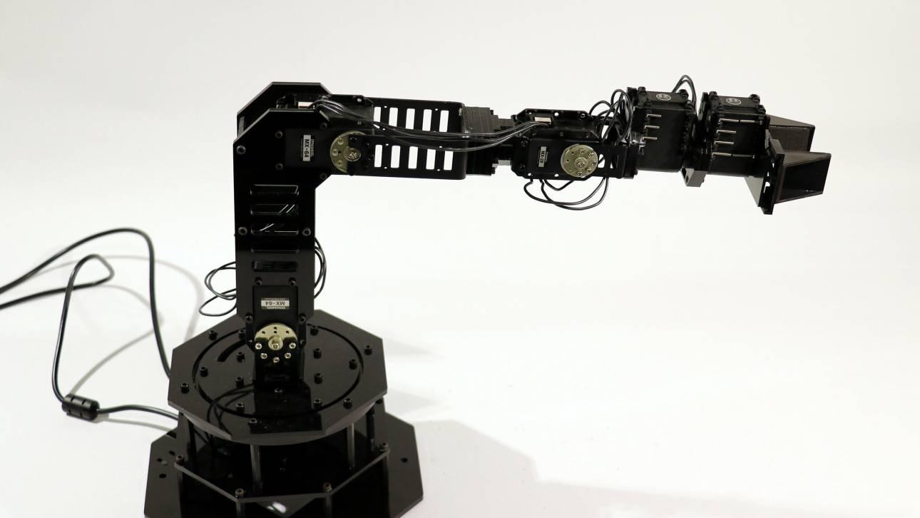 Αυτό είναι το πρώτο ρομπότ που μπορεί να... φανταστεί τον εαυτό του!