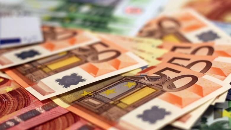 Αναδρομικά: Αποφασίζει το ΣτΕ για τα «κομμένα» επιδόματα και δώρα