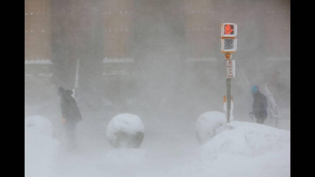 https://cdn.cnngreece.gr/media/news/2019/02/01/164189/photos/snapshot/usa-cold-5-768x512.jpg