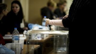 Νέα δημοσκόπηση: Ανοίγει η «ψαλίδα» υπέρ της Νέας Δημοκρατίας
