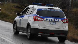 Επεισοδιακή καταδίωξη διακινητή στην Εγνατία Οδό - Δύο μετανάστες τραυματίστηκαν