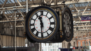 Λονδίνο: Πρόστιμο για τον πορνοστάρ που βιντεοσκόπησε… τρίο στο τρένο