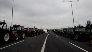 Κλιμακώνουν τις κινητοποιήσεις τους οι αγρότες - Ζητούν συνάντηση με την κυβέρνηση