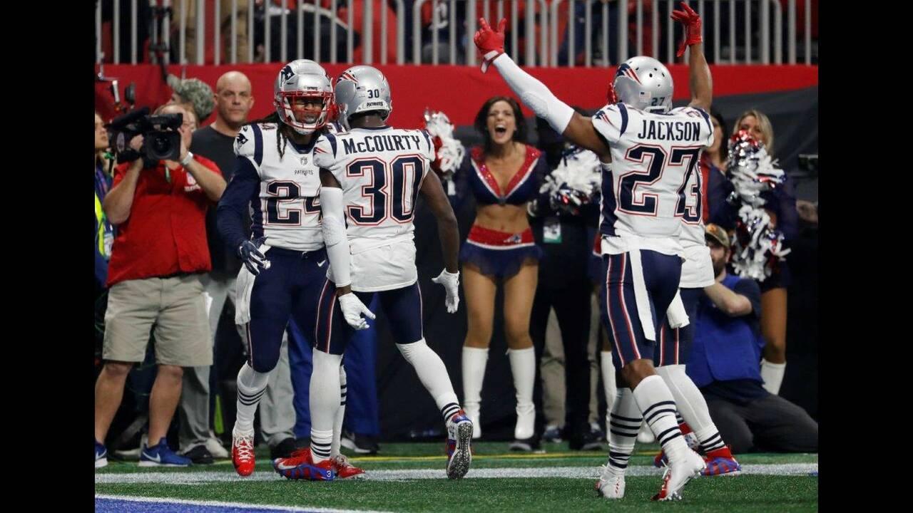 https://cdn.cnngreece.gr/media/news/2019/02/04/164417/photos/snapshot/2019-02-04T025317Z_1145626568_UP1EF24080S1F_RTRMADP_3_FOOTBALL-NFL-SUPERBOWL.jpg