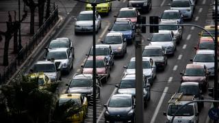 Καραμπόλα στην Αττική οδό – Μποτιλιάρισμα χιλιομέτρων