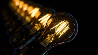 Ηλεκτρικό ρεύμα: Τι αλλάζει στο κόστος και τα τιμολόγια