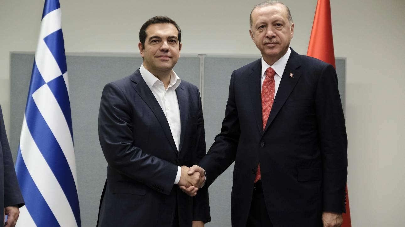 Στην Άγκυρα ο πρωθυπουργός: Τι θα συζητήσουν Τσίπρας και Ερντογάν