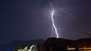 Νέα κακοκαιρία: Καταιγίδες, αεροχείμαρροι, λασποβροχές και χαλάζι