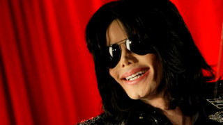 Βίντεο ντοκουμέντο:Ο Μάικλ Τζάκσον απαντά στις κατηγορίες για παιδοφιλία με αποσπάσματα από τη Βίβλο