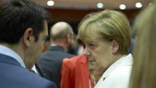 «Δεν είμαι ανόητη»: Ντοκιμαντέρ του BBC αποκαλύπτει ότι η Μέρκελ ήταν έτοιμη να επιτρέψει το Grexit