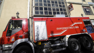 Θεσσαλονίκη: Φωτιά σε μηχανουργείο κοντά σε εμπορικό κέντρο