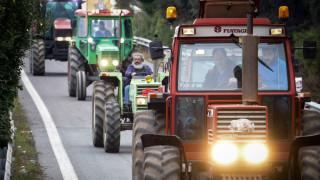 Κλιμακώνονται οι αγροτικές κινητοποιήσεις - Κλειστή η Εθνική προς Αθήνα στο Αερινό