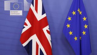 Brexit: Με εναλλακτικές προτάσεις στις Βρυξέλλες η Μέι
