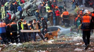 Κατάρρευση κτηρίου στην Κωνσταντινούπολη: Ένας νεκρός