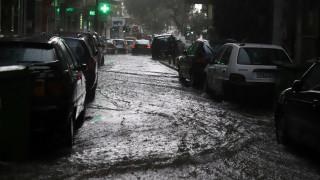 Προβλήματα από την κακοκαιρία: Πλημμύρες, καταστροφές, κατολισθήσεις και κλειστοί δρόμοι