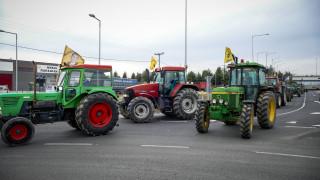 Κλιμακώνουν τις κινητοποιήσεις τους οι αγρότες – Πότε κλείνουν τις σήραγγες των Τεμπών