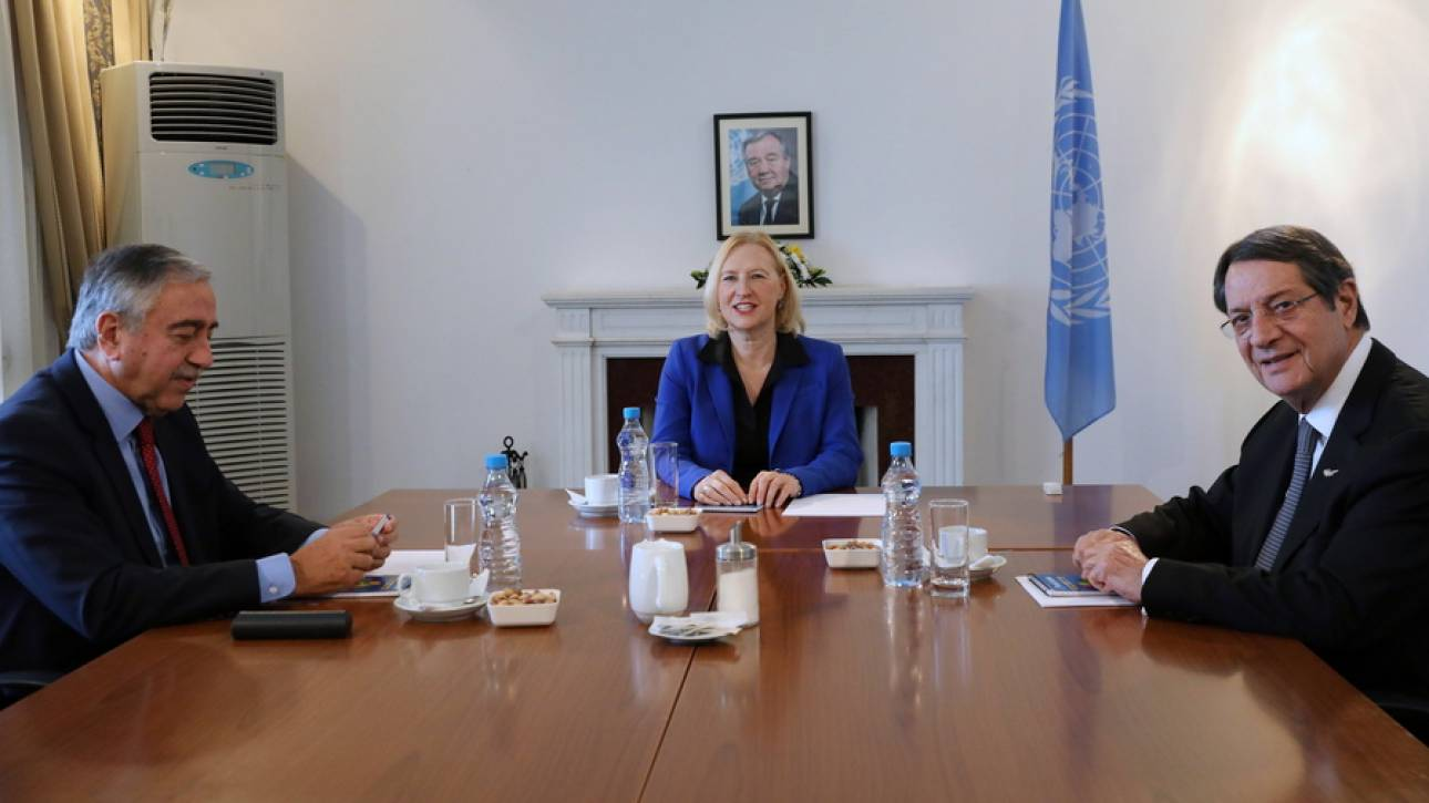 Κυπριακό: Ραντεβού Αναστασιάδη - Ακιντζί στα τέλη Φεβρουαρίου