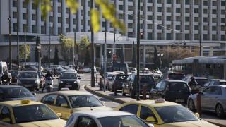 Κυκλοφοριακό «έμφραγμα» στους δρόμους της Αθήνας - Πού εντοπίζονται τα προβλήματα