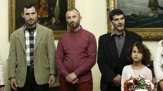 Μάτι: Πλήρη και ισότιμα μέλη της ελληνικής πολιτείας οι τρεις ήρωες ψαράδες