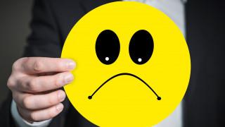 Σάλος στα social media για το νέο emoji που συμβολίζει τα μικροσκοπικά ανδρικά... προσόντα