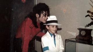 «Ήταν πράγματι παιδόφιλος»: Η υπηρέτρια του Μάικλ Τζάκσον «σπάει» τη σιωπή της