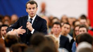 Διευκρινίσεις για την ανάκληση του Γάλλου πρεσβευτή στη Ρώμη