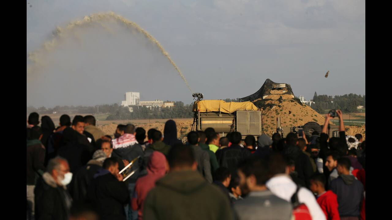 https://cdn.cnngreece.gr/media/news/2019/02/08/165020/photos/snapshot/2019-02-08T145457Z_620449291_RC14A53F7750_RTRMADP_3_ISRAEL-PALESTINIANS-PROTESTS.JPG