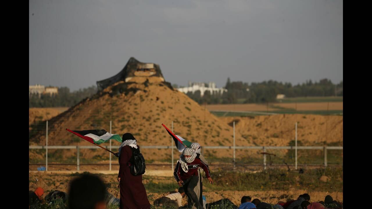 https://cdn.cnngreece.gr/media/news/2019/02/08/165020/photos/snapshot/2019-02-08T151123Z_1596250325_RC1A8C938F30_RTRMADP_3_ISRAEL-PALESTINIANS-PROTESTS.JPG