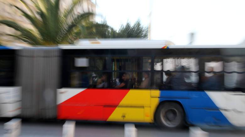 Viral το κάθισμα... χαμάμ σε λεωφορείο του ΟΑΣΘ