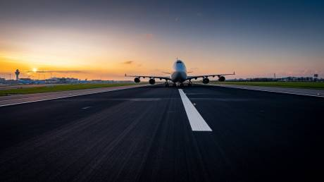 Ένα αεροσκάφος σε ξενοδοχείο: Το τελευταίο, θεαματικό ταξίδι 12,5 χλμ ενός παροπλισμένου Boeing
