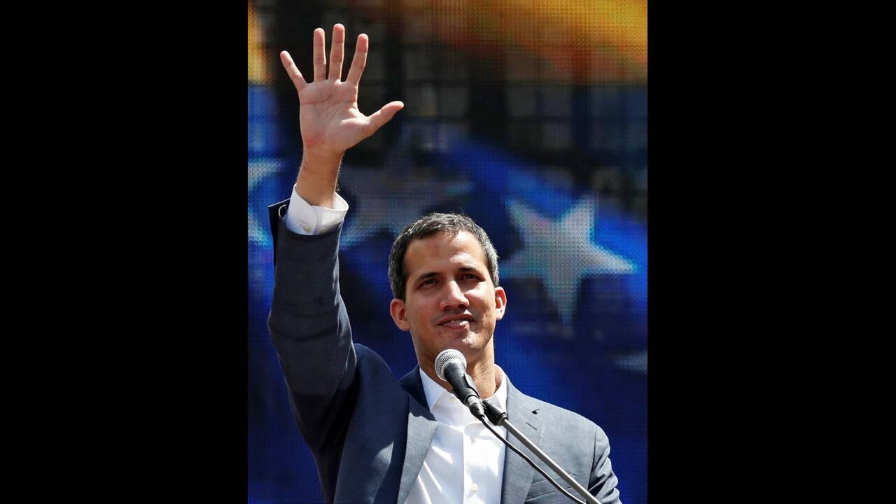 https://cdn.cnngreece.gr/media/news/2019/02/10/165165/photos/snapshot/2019-02-02T181207Z_1812731550_RC1DF8C21F70_RTRMADP_3_VENEZUELA-POLITICS.jpg